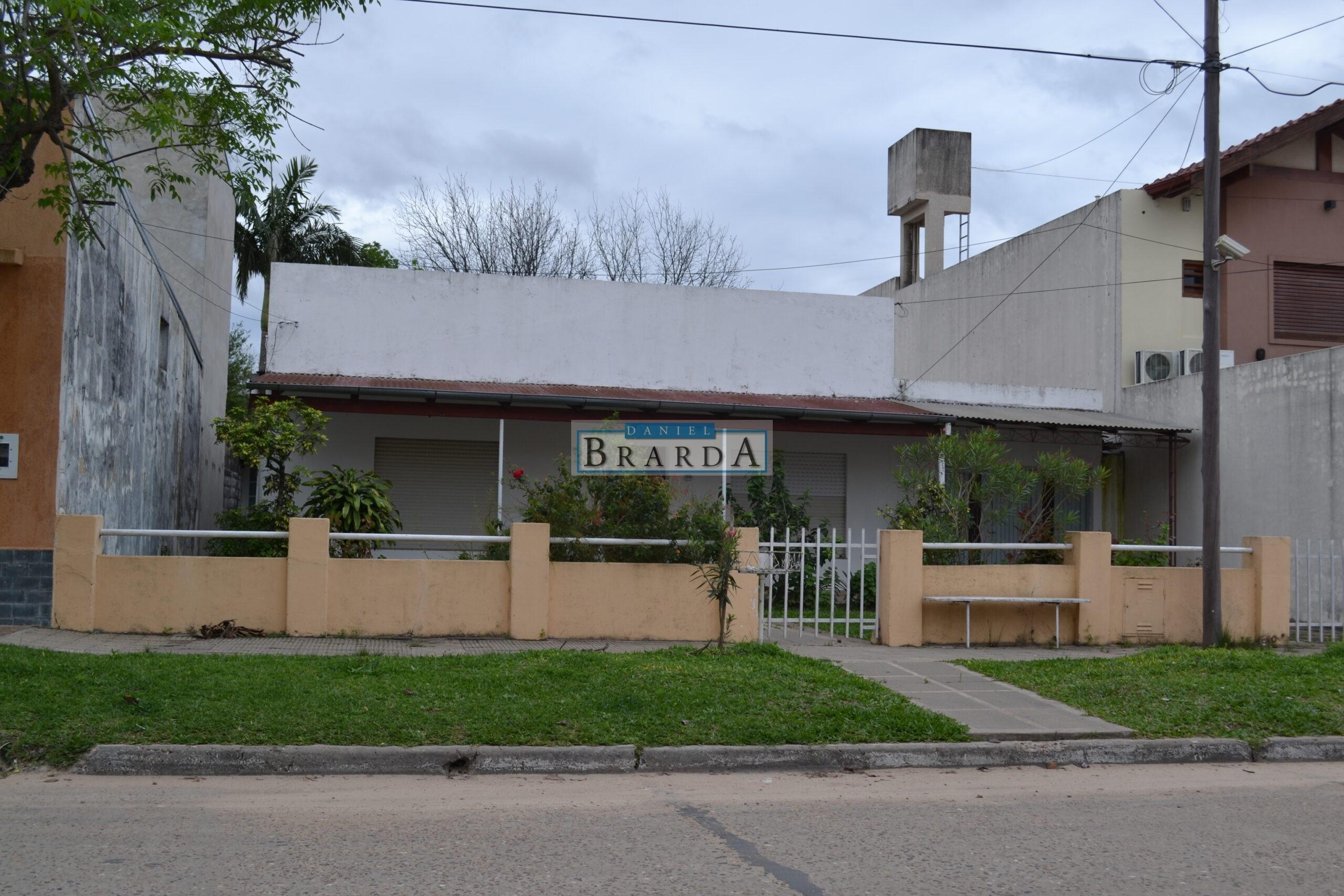 Casa en Rivadavia al 3200