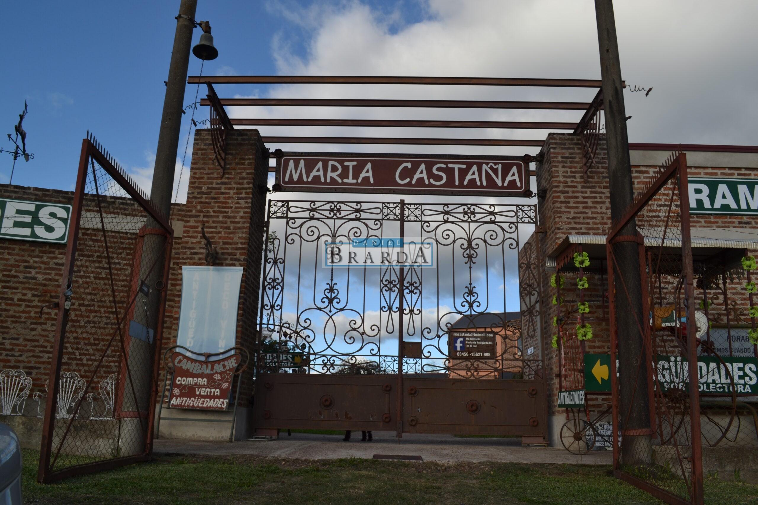 Complejo María Castaña Antigüedades en Km 328 Autovia Artigas en Chajari