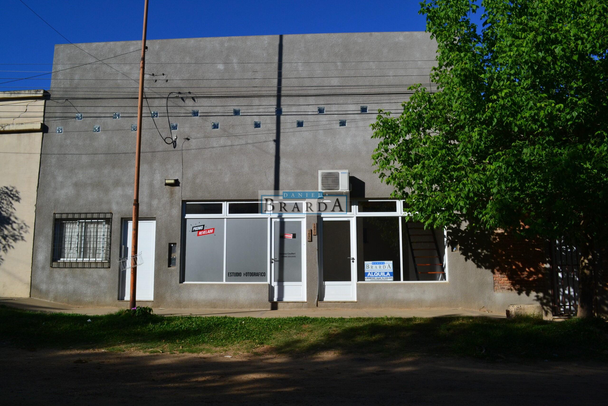 Local comercial en Dr. Planas casi Av. 9 de Julio